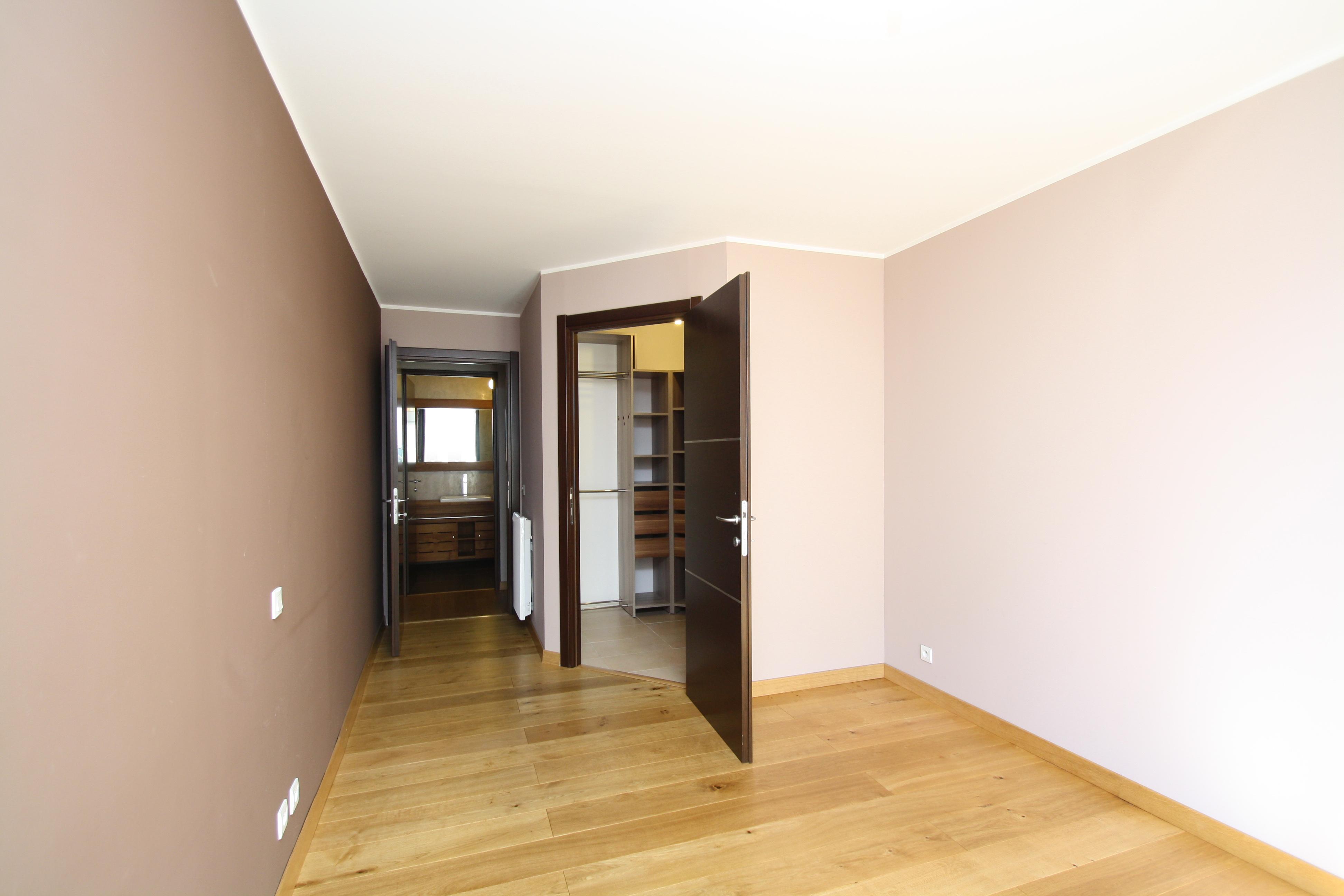 t3 bastia hauteurs agence immobili re bastia avec localisimmo agence immobili re bastia avec. Black Bedroom Furniture Sets. Home Design Ideas