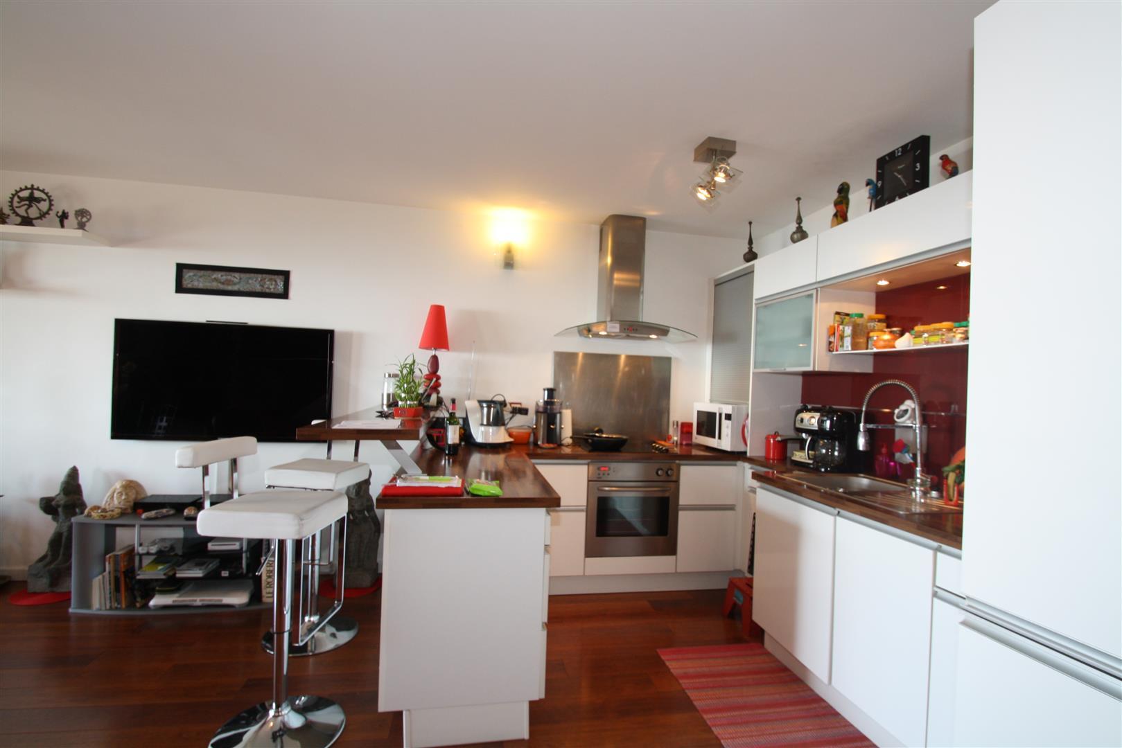 cuine equipee bastia sud duplex agence immobili re bastia avec localisimmo agence. Black Bedroom Furniture Sets. Home Design Ideas