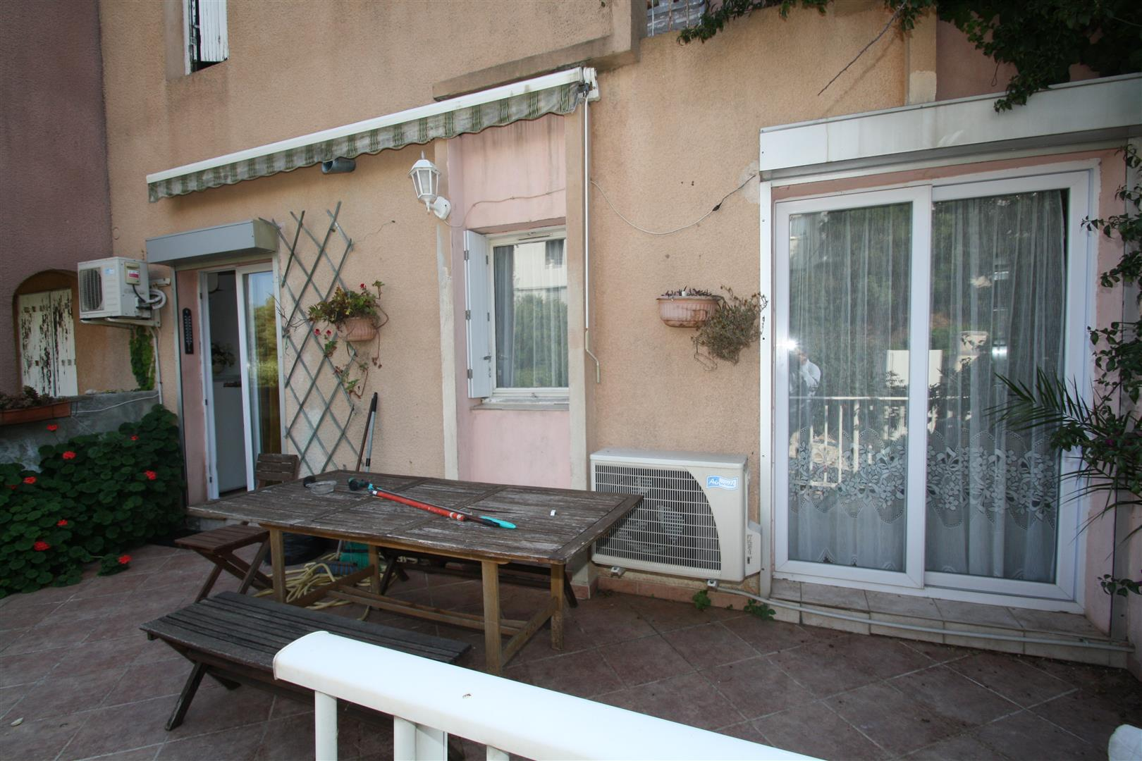Appartement terrasse hauteurs bastia agence immobili re for Agence immobiliere kalliste bastia