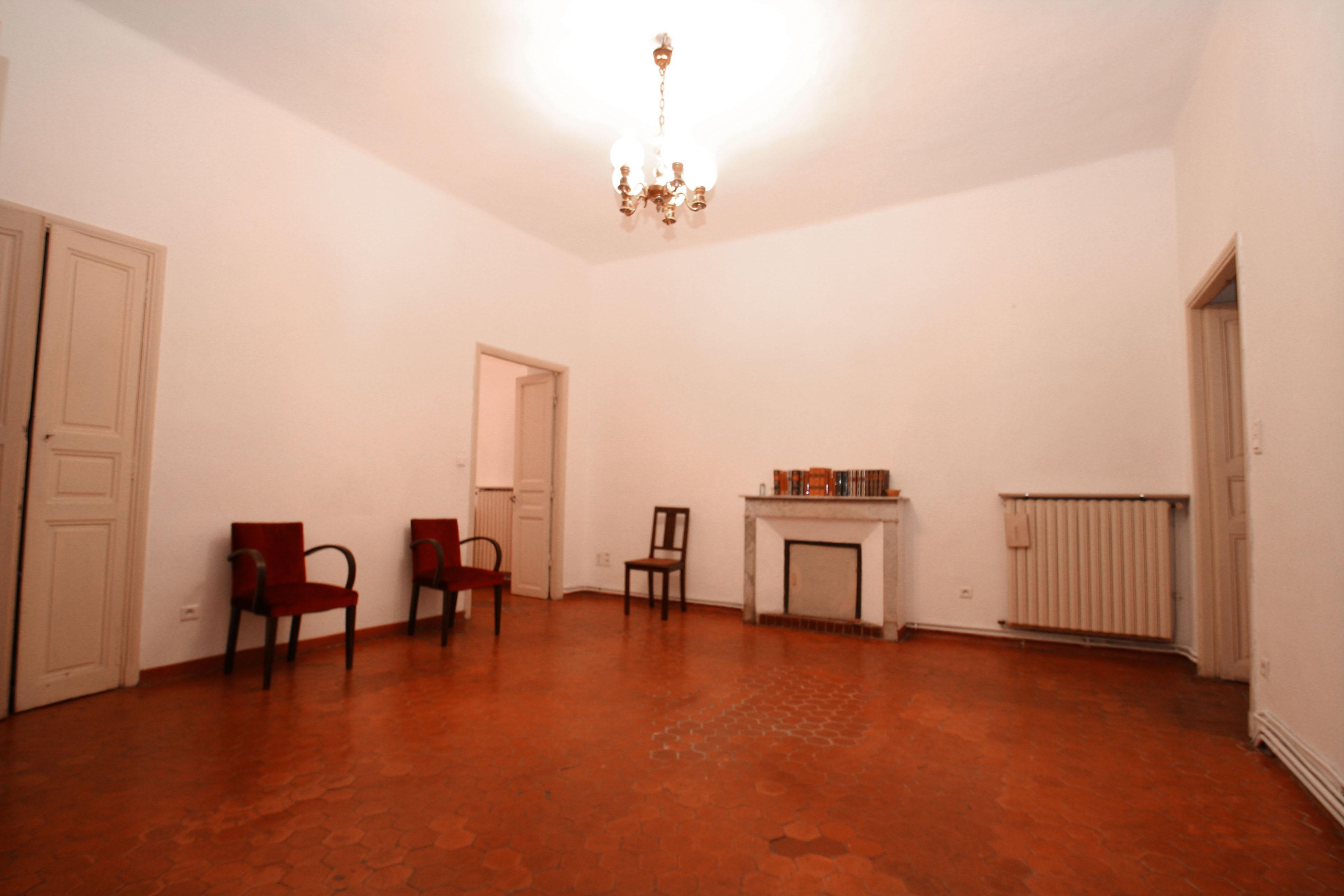 img 3504 agence immobili re bastia avec localisimmo agence immobili re bastia avec localisimmo. Black Bedroom Furniture Sets. Home Design Ideas